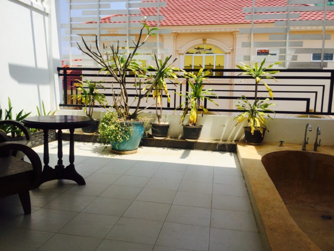 Superior Room With Balcony at Reasmey Cheanich Hotel, Kampong Cham, Cambodia