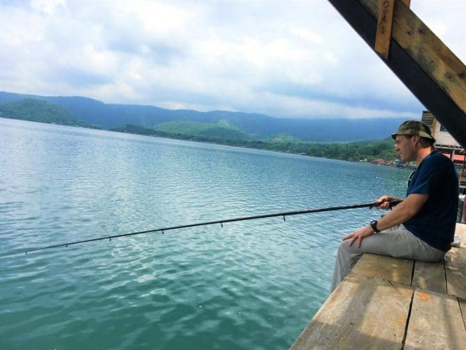 Fishing in Lago de Coatepeque