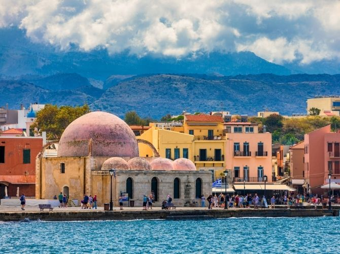Mosque of the Janissaries (Yali-Tzamisi Mosque) on the old harbour in Chania, Crete.
