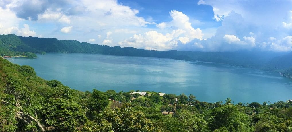 6 Reasons Not to Skip Lake Coatepeque | El Salvador